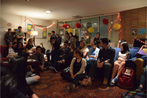 """International students coming together to discuss the experience of """"studying abroad"""" in the US"""