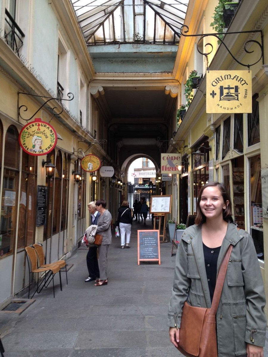 300-year-old covered passage feat. Andrea!