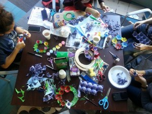 An EcoReps event - Pinterest inspired DIY egg carton wreaths!